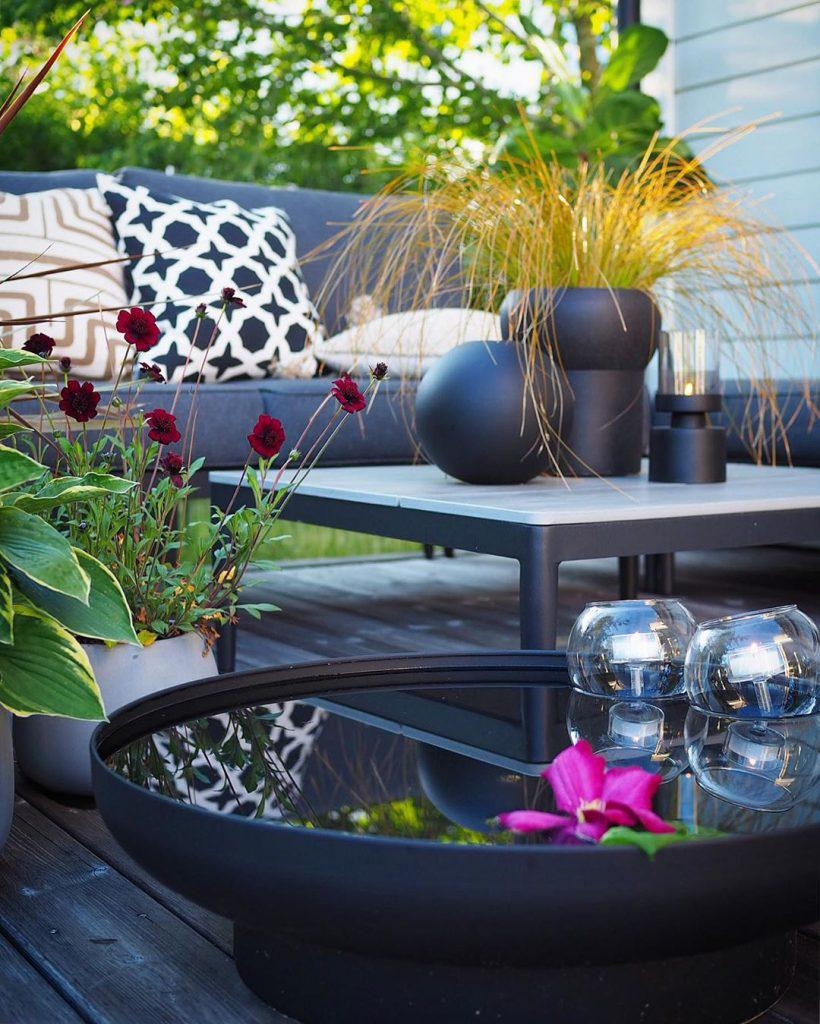 38 Great Outdoor Furniture Decor Ideas Every House Owner Should Look! - Page 3 of 8 - Vivelavi Blog