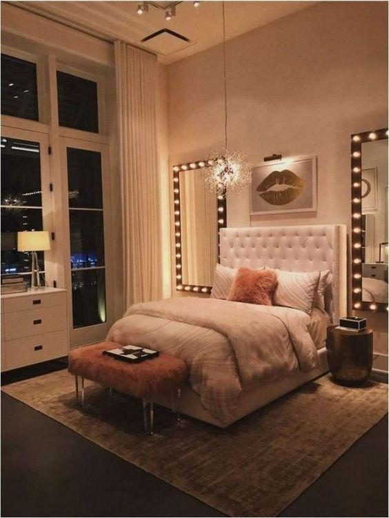 36 Very Romantic Style Bedroom Designs for Young Couples - Page 4 of 8 - Vivelavi Blog