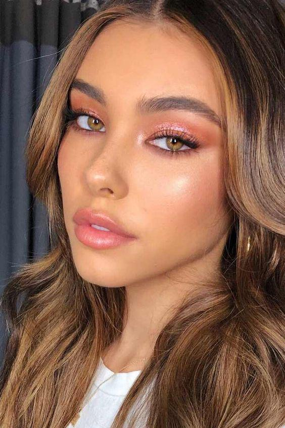 32 Gorgeous Rose Gold Makeup Ideas That Make You Glow! - Page 6 of 32 - GetbestIdea