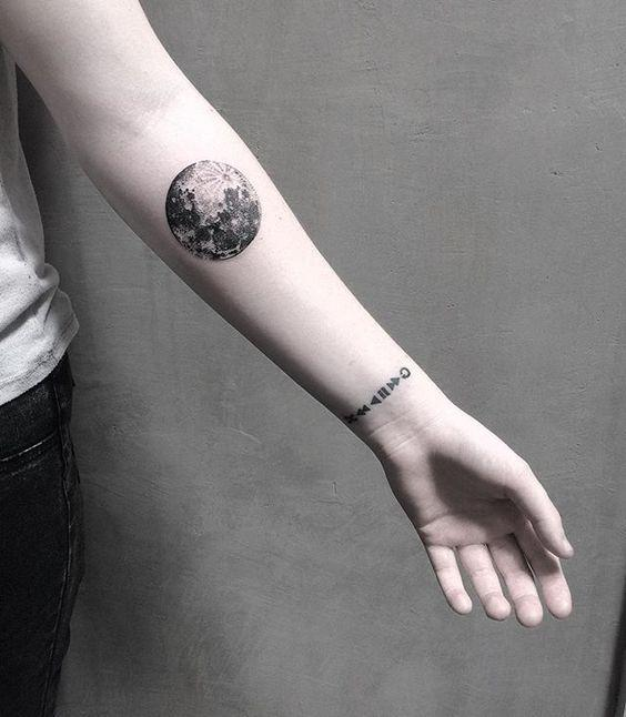 35 Gorgeous Moon Tattoo Designs That You Never Want To Miss! - Page 27 of 35 - GetbestIdea