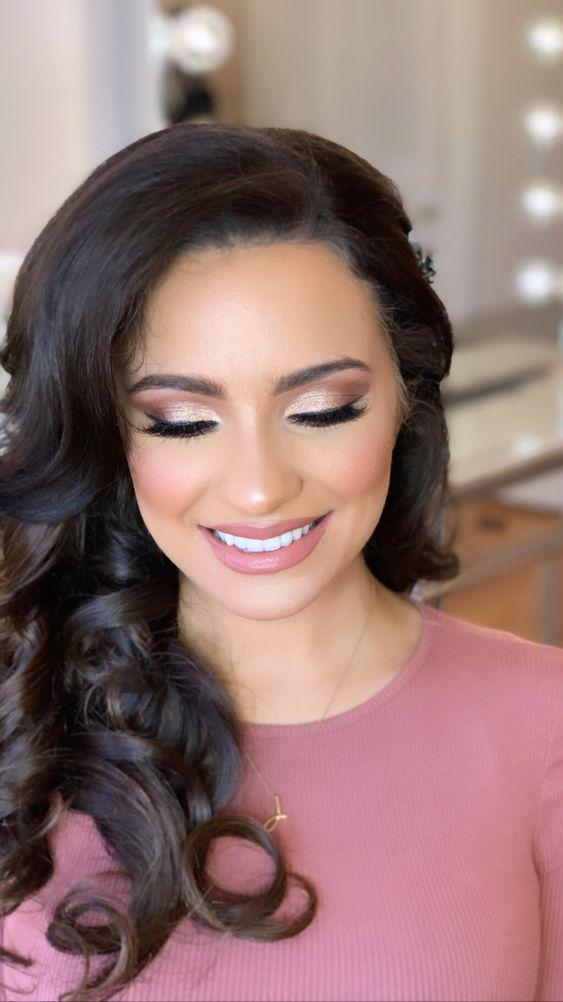32 Gorgeous Rose Gold Makeup Ideas That Make You Glow! - Page 17 of 32 - GetbestIdea