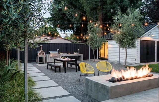 Super Beautiful Modern Courtyard Design #courtyard