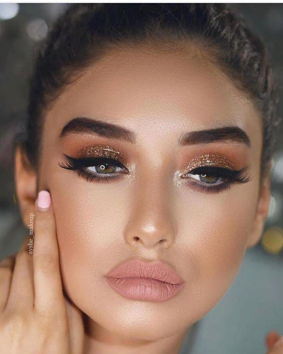 32 Gorgeous Rose Gold Makeup Ideas That Make You Glow! - Page 19 of 32 - GetbestIdea
