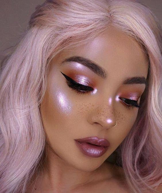 32 Gorgeous Rose Gold Makeup Ideas That Make You Glow! - Page 21 of 32 - GetbestIdea