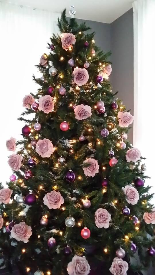 36 Rose and Gold Christmas Tree Decorating Ideas 2018 - Page 21 of 36 - Kornelia Beauty