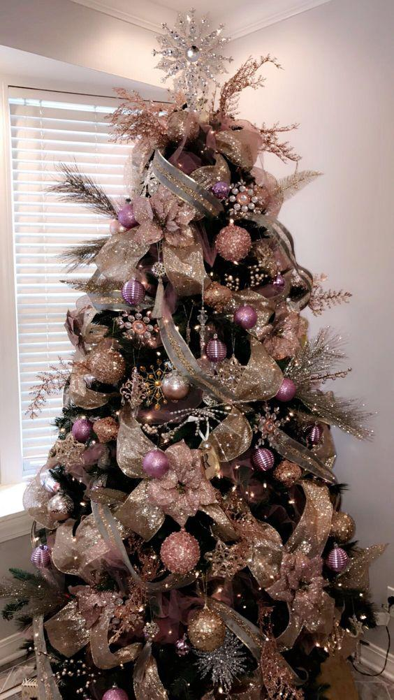 36 Rose and Gold Christmas Tree Decorating Ideas 2018 - Page 17 of 36 - Kornelia Beauty
