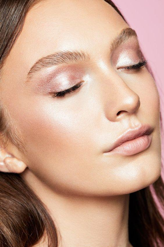 32 Gorgeous Rose Gold Makeup Ideas That Make You Glow! - Page 10 of 32 - GetbestIdea