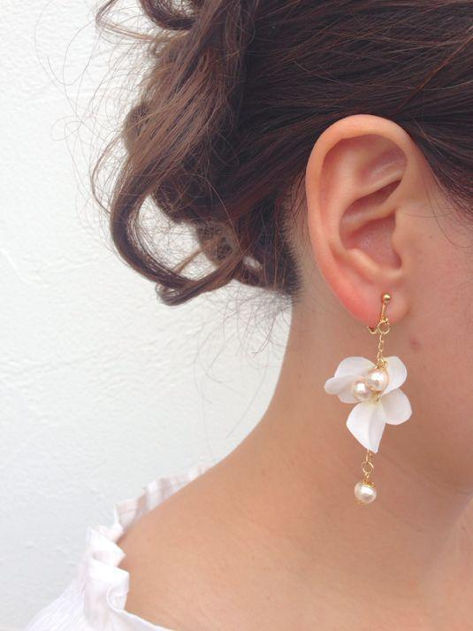 35 earrings to add luster to weddings Beautiful earrings to your wedding