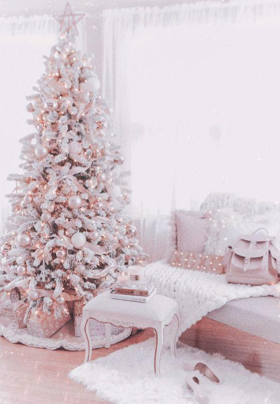 36 Rose and Gold Christmas Tree Decorating Ideas 2018 - Page 15 of 36 - Kornelia Beauty