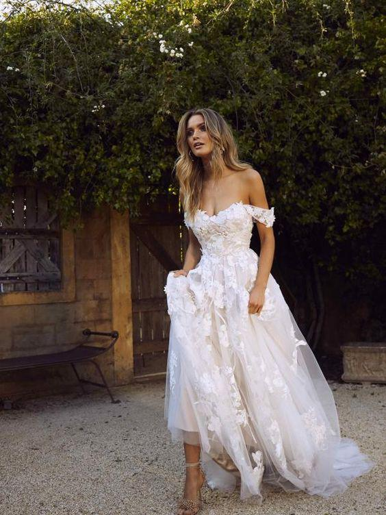 33 The Most Flattering Spring 2019 Wedding Dresses - Page 6 of 33 - Veguci