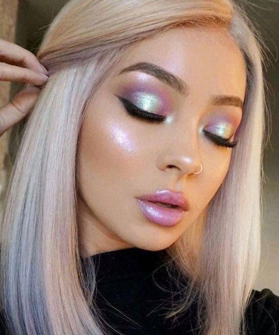 32 Gorgeous Rose Gold Makeup Ideas That Make You Glow! - Page 20 of 32 - GetbestIdea