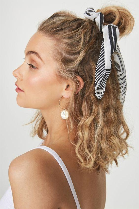 summer hairstyle , summer , hairstyle , lady-like braided dish , natural curl side horse tail, boxing braid