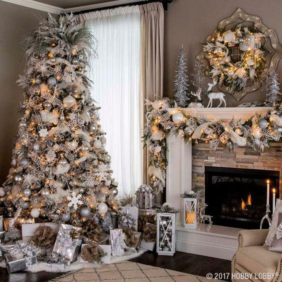 36 Rose and Gold Christmas Tree Decorating Ideas 2018 - Page 32 of 36 - Kornelia Beauty