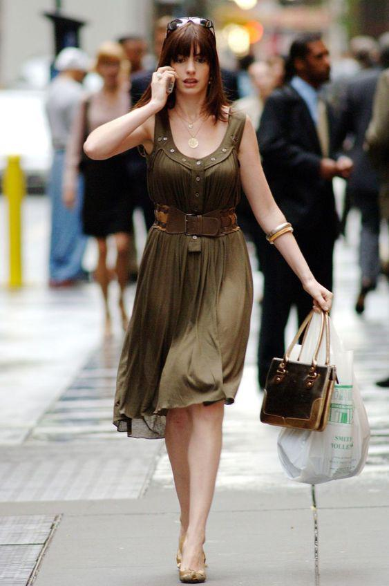 "35 Fashionable Outfits in ""The Devil Wears Prada"" - VimDecor"