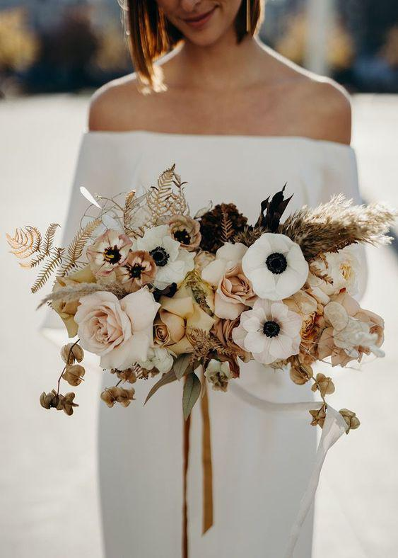 57 ATTRACTIVE BRIDES BOUQUETS HAVE ALWAYS PASSED HAPPINESS - yeslip