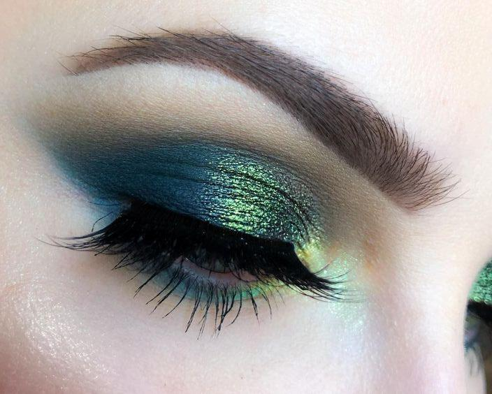 39 CREATIVE AND CHARMING EYE MAKEUP AT PARTIES AND HOLIDAYS - Page 36 of 39 - yeslip