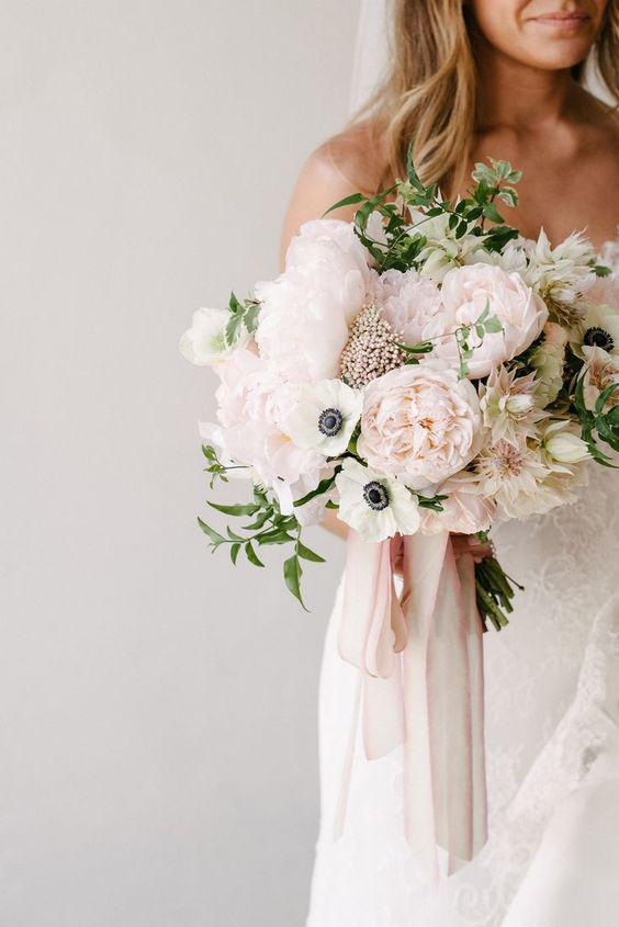 57 ATTRACTIVE BRIDES BOUQUETS HAVE ALWAYS PASSED HAPPINESS - Page 24 of 57 - yeslip