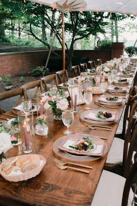 40 SIMPLE ROMANTIC TABLE DECORATIONS FOR RURAL OUTDOOR WEDDINGS - Page 20 of 40 - yeslip