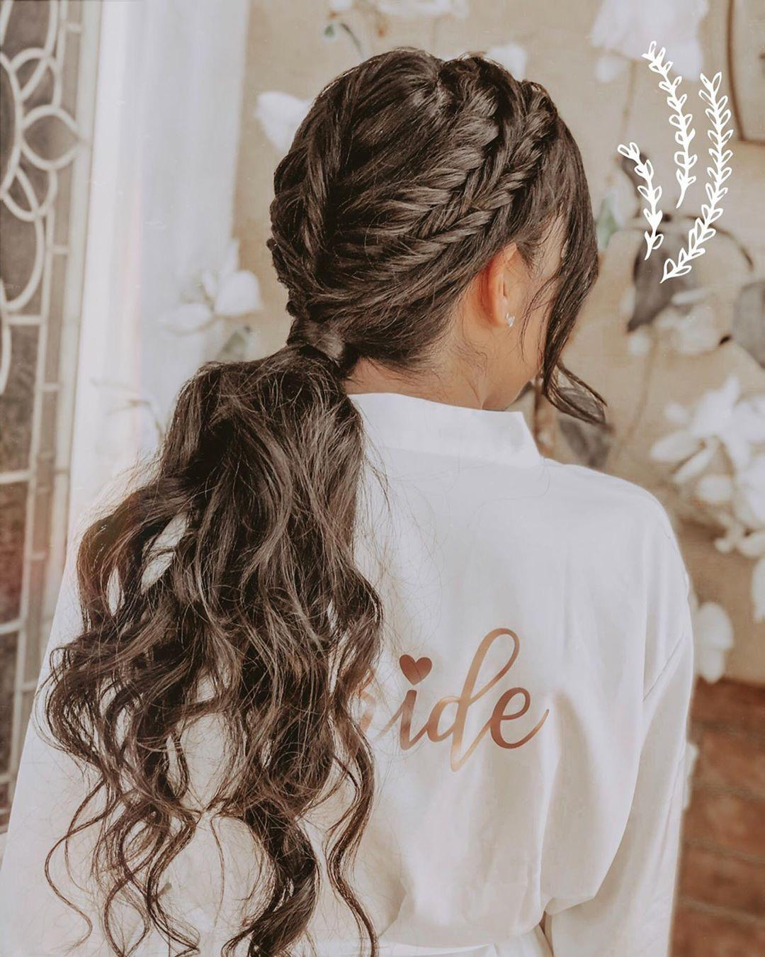 35 The Gorgeous Honey Hairstyles Make You Queen in the Wedding - VimTopic