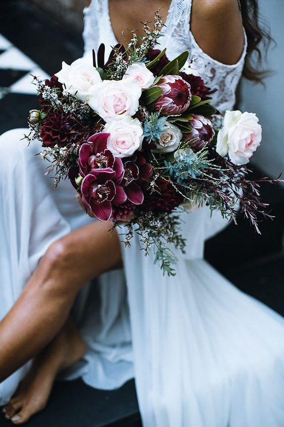 57 ATTRACTIVE BRIDES BOUQUETS HAVE ALWAYS PASSED HAPPINESS - Page 37 of 57 - yeslip