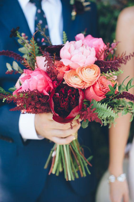 57 ATTRACTIVE BRIDES BOUQUETS HAVE ALWAYS PASSED HAPPINESS - Page 39 of 57 - yeslip