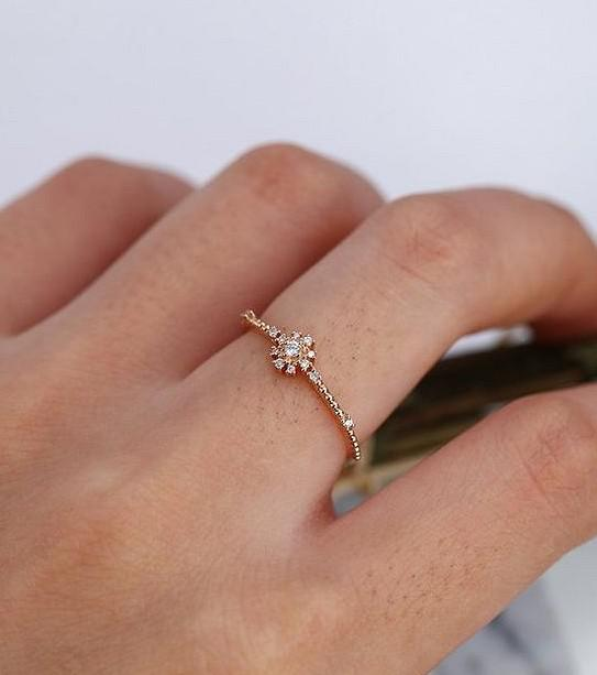 Delicate and small rings in your daily life - SooShell
