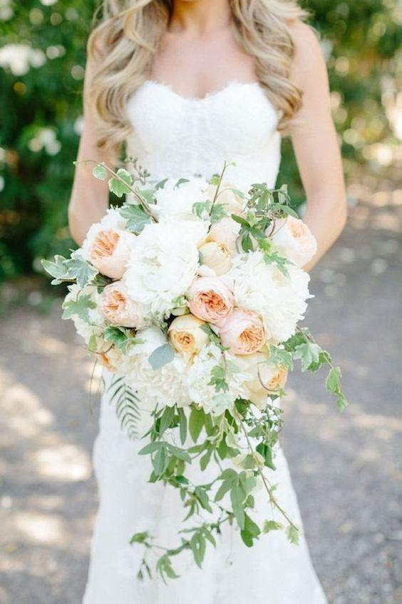 57 ATTRACTIVE BRIDES BOUQUETS HAVE ALWAYS PASSED HAPPINESS - Page 27 of 57 - yeslip