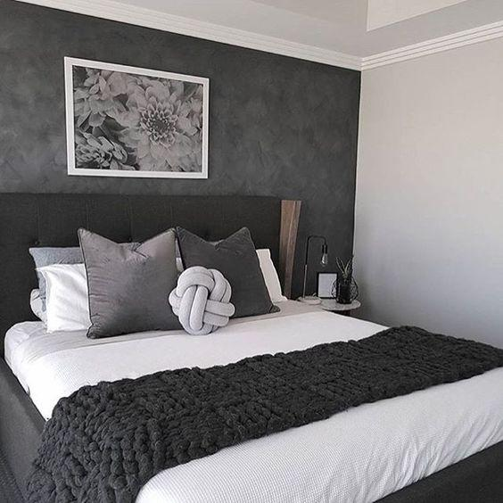 35 Inspiring Black and White Master Bedroom Color Ideas - Page 21 of 35 - VimDecor