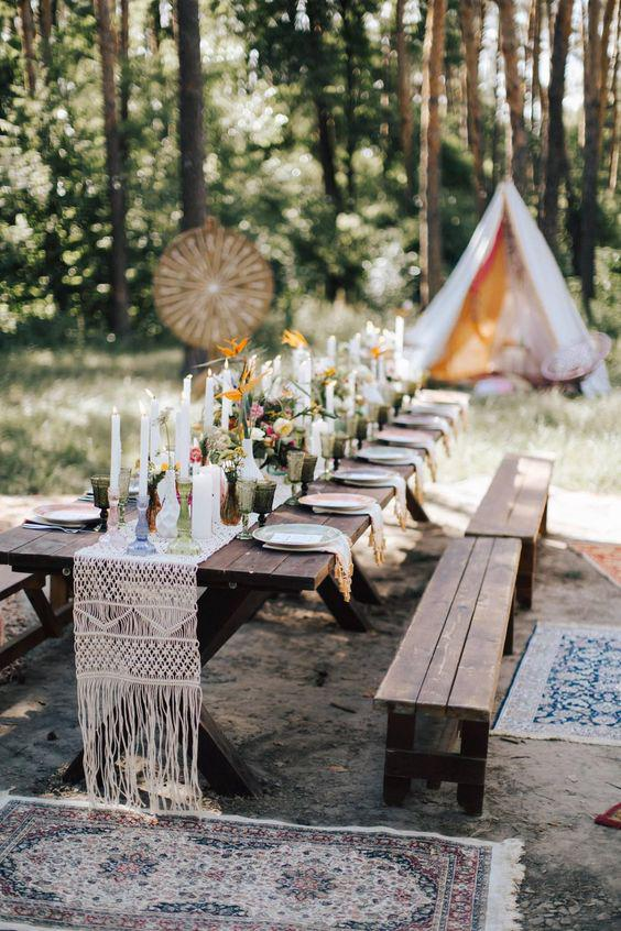 40 SIMPLE ROMANTIC TABLE DECORATIONS FOR RURAL OUTDOOR WEDDINGS - Page 40 of 40 - yeslip