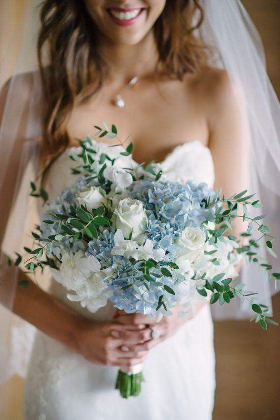 57 ATTRACTIVE BRIDES BOUQUETS HAVE ALWAYS PASSED HAPPINESS - Page 32 of 57 - yeslip