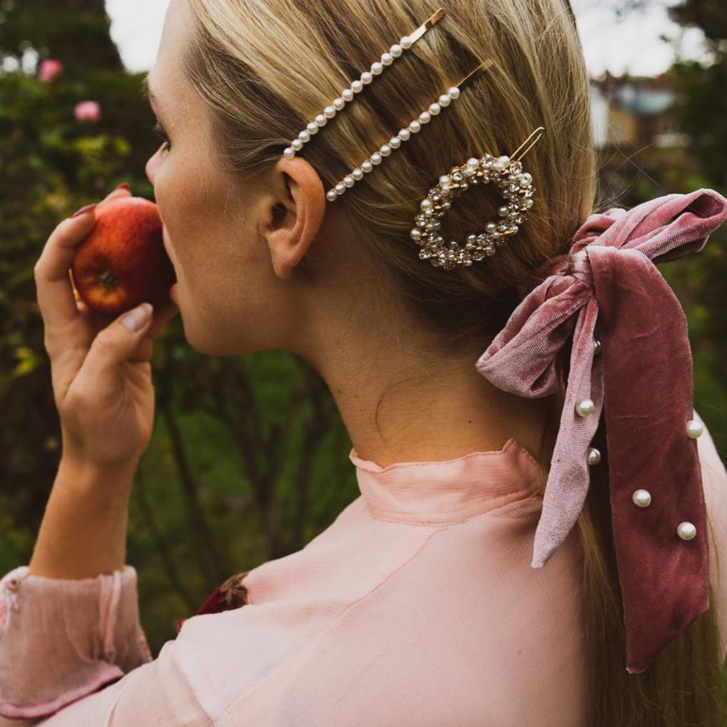 Get More Glamour with These 36 Affordable Hair Accessories - Molitsy Blog