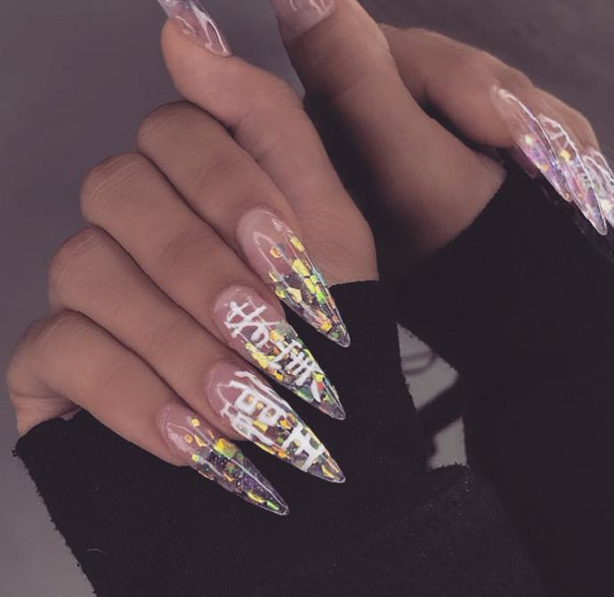 Unique and exaggerated long nail styling Ideas - Naillty