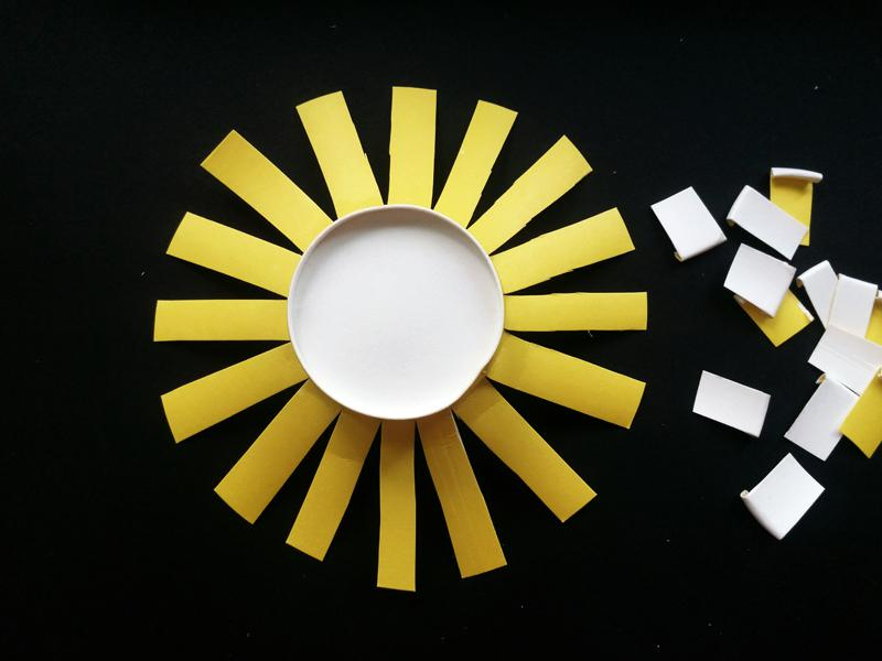 Sun Flower Painting Ideas with Paper Cup - Molitsy Blog