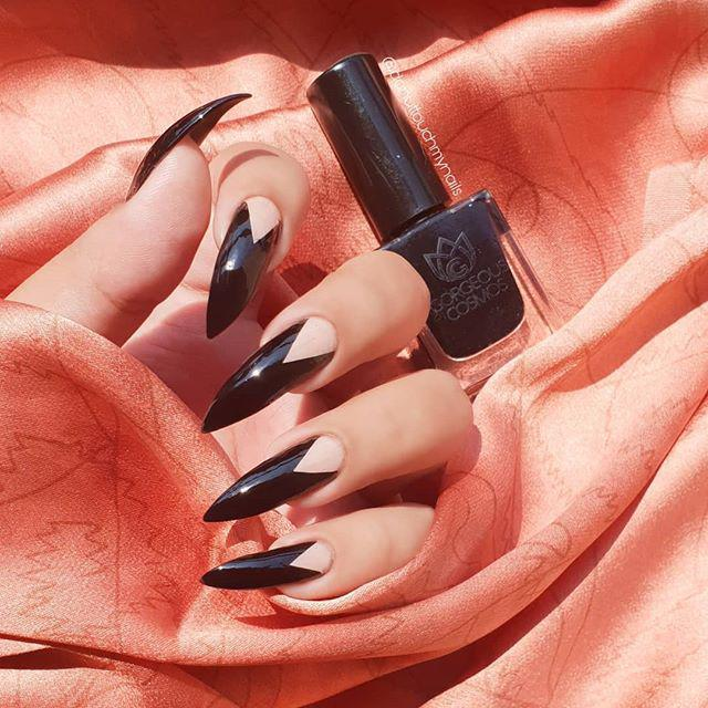 35 cool Designs for black and white Nails You Won't Resist - Molitsy Blog
