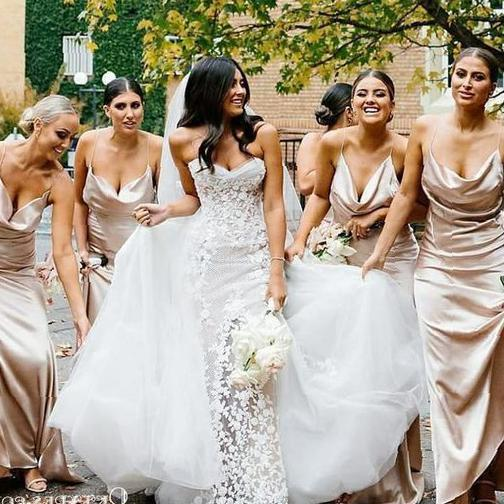 The choice of thoughtful long bridesmaid's clothes - Molitsy Blog