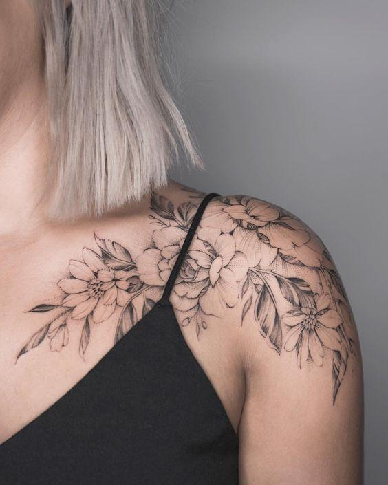 35 Charming And Irresistible flower Tattoos Designs - Page 6 of 35 - Liatsy Fashion