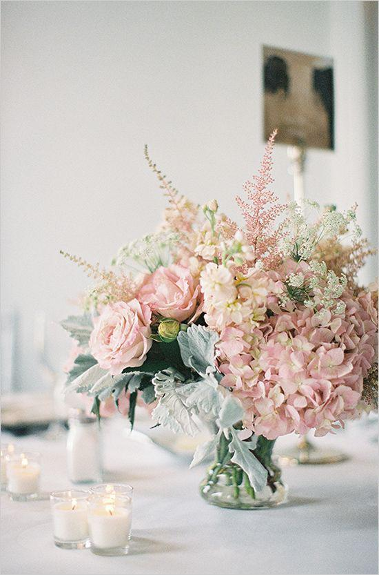 30 Gorgeous Floral Table Centerpieces To Decorate Your Home - Molitsy Blog
